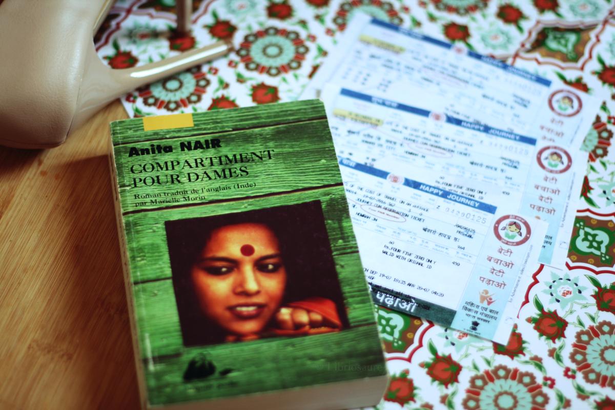 """Couverture du livre """"Compartiment pour dames"""" d'Anita Nair"""