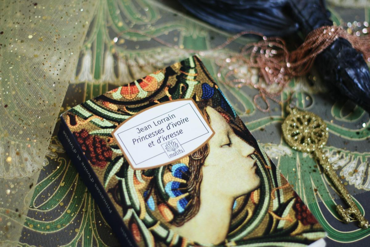 """Couverture du livre """"princesses d'ivoire et d'ivresse"""" de Jean Lorrain"""